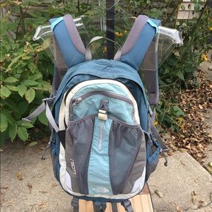 The North Face Recon Blue Back Pack Great!